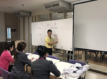 Orientation for summer internship for students' code59 from Hotel Management & Restaurant Business major by Mr.Thanasit Suksutdhi, Ms.Kanyapilai Kunchornsirimongkon and Ms.Nuntana Ladplee, lecturers of Hotel Management program, International College, Suan