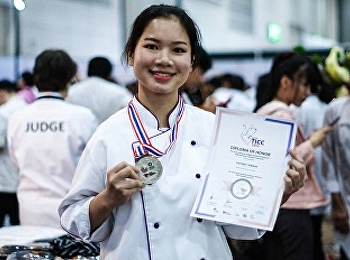 Miss Thitirat Tawnor, Student of Hotel Management Program, Majoring in Restaurant Business was Awarded Silver Medal from Thailand International Culinary Competition 2019 (TICC2019) of Class C2 World Street Food: Individual